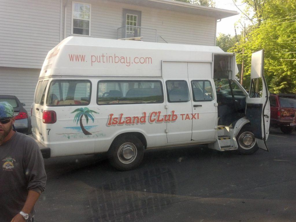 islandclubtaxi