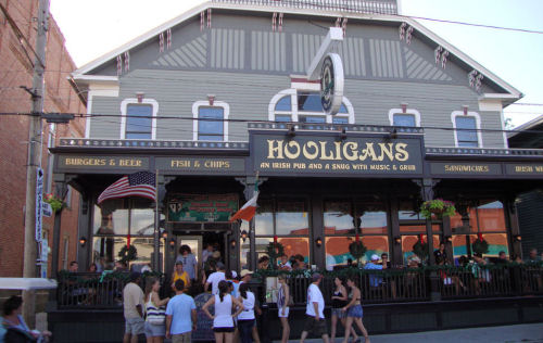 Hooligans Irish Pub Put In Bay